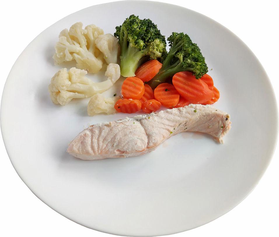 Филе семги ГастроФабрика с овощами на пару 230г